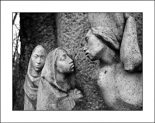 Via Crucis IX - Gesù incontra le donne di Gerusalemme