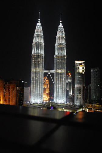 petronas_night_hotel_1