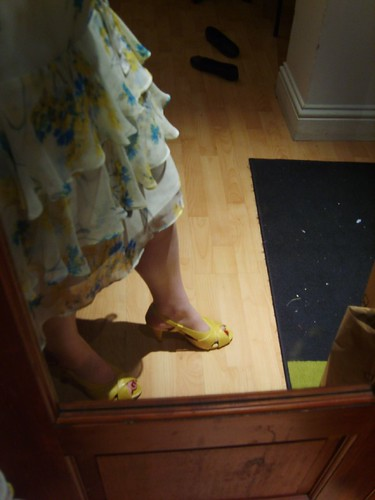 blue dress yellow dress blue wedding dress yellow wedding dress blue shoes