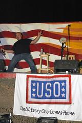 Robert Kelly (xxxsoldier123) Tags: robert comedy iraq may kelly iq cob uso base operating speicher tikrit contingency robertkelly cobspeicher armyshow contingencyoperatingbase