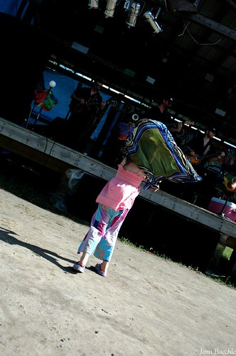 Scarf Dancer 2