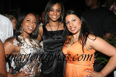 Alesha Renee & two broads