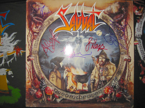 20080419 - Sabbat concert at Jaxx - 155-5502 - close-up of autographed vinyl album