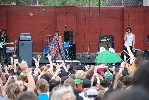 MGMT at McCarren Pool, Brooklyn 7-25-08
