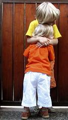 Little kids, big love (Beat Rice) Tags: explore activeassignmentweekly bestofweek1 bestofweek2 bestofweek3 bestofweek4 bestofweek5 15challengeswinner