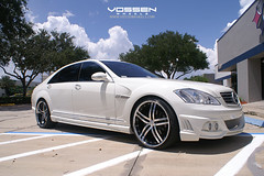 Mercedes Benz S550 with Vossen VVS078 Wheels (VossenWheels) Tags: light black wheel silver mercedes benz miami wheels deep lip gloss fl kit wald weight matte aero machined vossen 078 vvs s550 vvs078