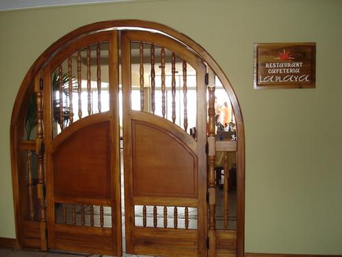 bahia-ecuador-hotel entrance
