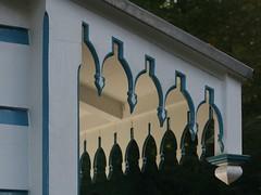 Badhuis - detail (Karin & Rene) Tags: detail netherlands apeldoorn vijver badhuis hetloo paleispark karinenrene2008