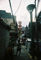 the streets of Binondo (girlpixieshoot) Tags: street philippines lucky manila binondo vivitar uws