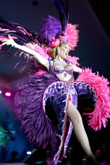 Candi Stratton wearing feathers, looking fabulous!