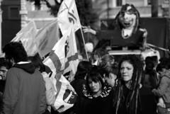 i volti della protesta B&W (Giulia Riccobono) Tags: roma protesta biancoenero piazzavenezia manifestazione 14novembre gelmini no133 legge133