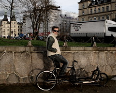 The World's First Fixie Cargo Bike