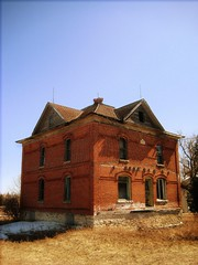 Red Brick House (siskokid) Tags: abandoned wisconsin rural decay neglected forgotten fabulous decrepit derelict doorcounty smrgsbord sturgeonbay