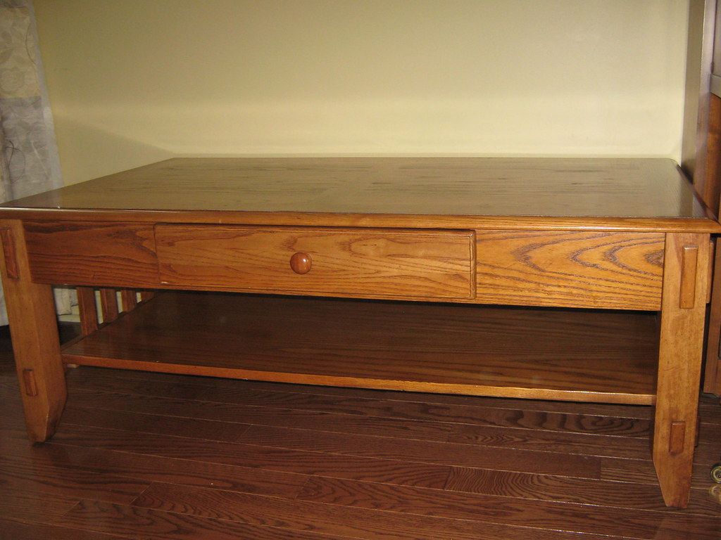 SOLD 6/21/09 (Mississauga) - Mission Style Oak Coffee Table $65 or best offer