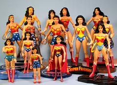 Wonder Women (FranMoff) Tags: toys wonderwoman actionfigures dcdirect ft16