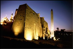"""EG 00 Tempio di Luxor 2 • <a style=""""font-size:0.8em;"""" href=""""http://www.flickr.com/photos/49106436@N00/2449274130/"""" target=""""_blank"""">View on Flickr</a>"""