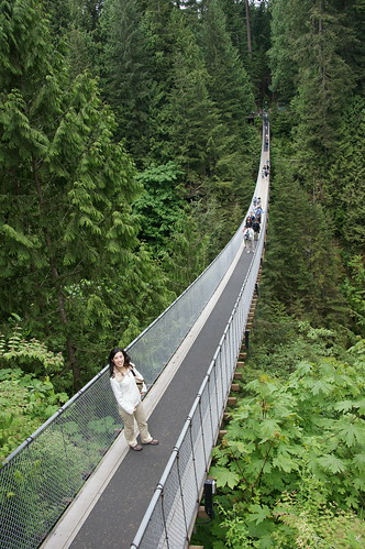 Jane on Capilano Suspension Bridge