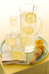 lemonade closeup 2892.jpg (skrockodile (www.cookbookcatchall.blogspot.com)) Tags: blue ice yellow closeup table lemon cool peaceful sunny lemonade clean simple foodphotography