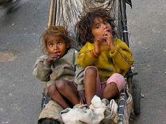 Kids From India (perosaargentina) Tags: poverty portrait india face kids fun child bambini kinder indien slum armut povero kiddywinks omot ultimateshot diamondclassphotographer theunforgettablepictures theunforgettablepicture theperfectphotographer goldstaraward earthasia