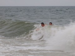 Riding a wave (Tappel) Tags: obx 08