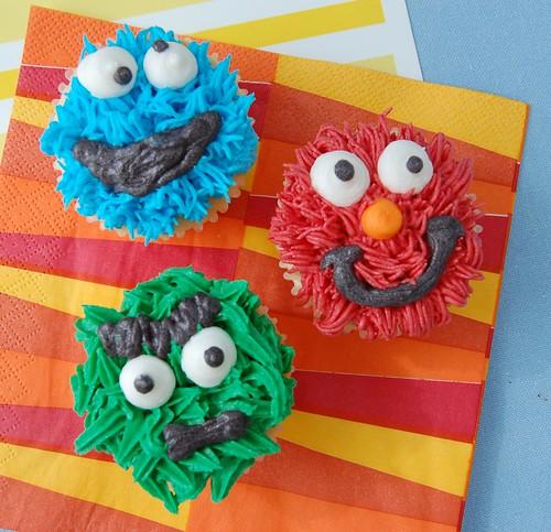 Dylan's Sesame Street Cupcakes!