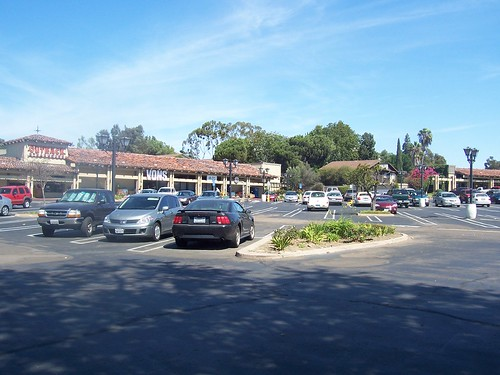 B&LM Strip mall