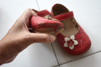 broken red MJ