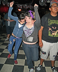 Fans going crazy (Flagman00) Tags: tattoo sanantonio texas bbw piercing punkrock fans dd geo liverock yoshi liveshow nestor deniedrights dustinnn rockbottomclub