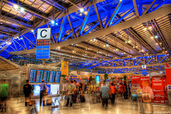 Suvarnabhumi Airport (ezreen.photography) Tags: new travel light modern photoshop thailand airport gate exposure technology bangkok flight illumination terminal beam explore ev journey thai arrival airways departure hdr boarding pattaya cs3 airasia photomatix fineartphotos suvarnabhumi abigfave suvarnabhumiairport
