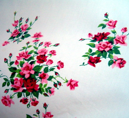 VINTAGE ROSEBUD TABLECLOTH #1