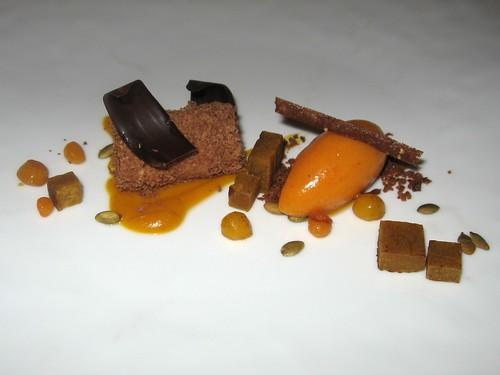 Jivara-Caramel Roulade