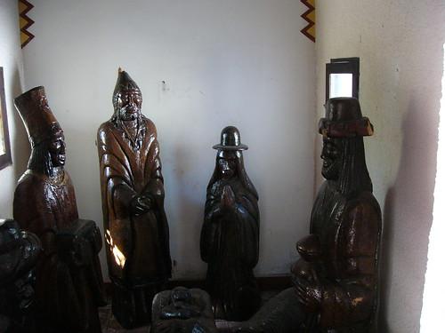 Pre Columbian figures