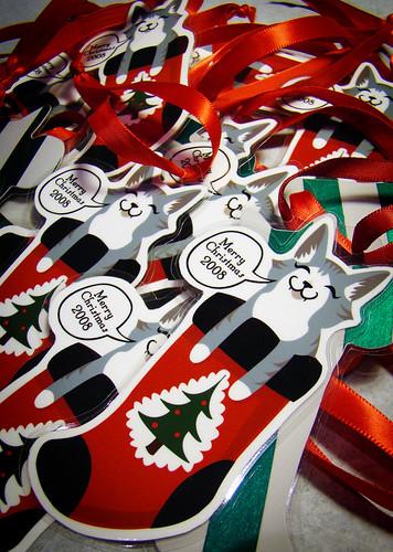 Pile o' ornaments.