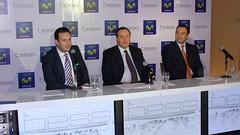 Javier Soriano, vicepresidente de Mercadeo de Telefónica; Alberto Núñez, gerente general de Bess y Douglas Ochoa, gerente de comunicaciones de Telefónica Venezuela.
