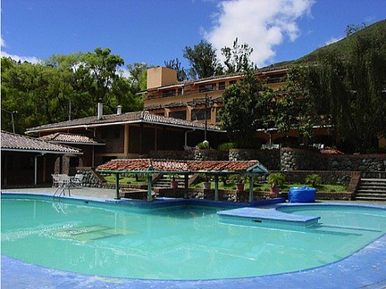 Swimming pool at Cuenca apartments