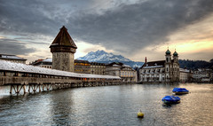classic lucerne (Toni_V) Tags: sunset 1025fav schweiz switzerland europe tripod watertower luzern pilatus 2008 lucerne hdr gitzo wasserturm chapelbridge kapellbrcke reuss d300 sigma1020mm photomatix 5exp jesuitchurch toniv gt1540 toniv