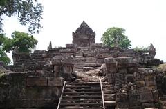 Preah Vihear temple (Living In Thailand) Tags: thailand temple si sa ket preah vihear khunkhanpreahvihear watpreahvihearpreahvihearkhunkhan cambodiapreahvihear