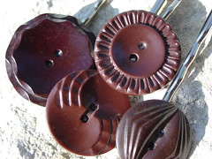 Button Clippies The Brown Set