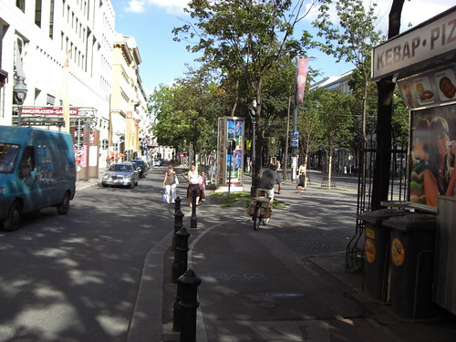Slow spaces for a Public Space Dividend in the Streets