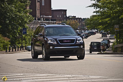 2008 GMC Acadia (Zane Merva - AutoInsane.com) Tags: test review suv 2008 gmc acadia crossover darkcherry zanemerva autoinsane