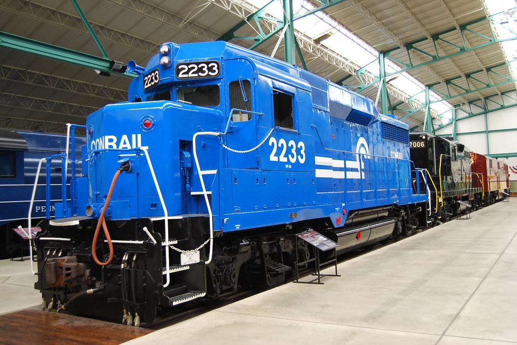 Conrail GP-30 #2233