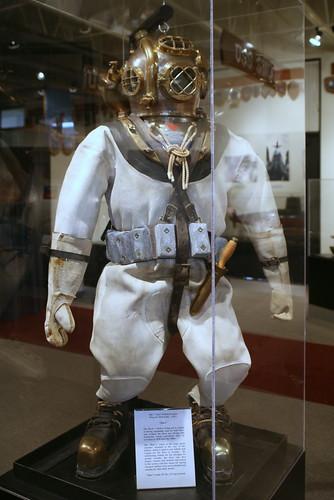 MK V Mod 1 Helium/Oxygen Deep Sea Diving Rig (1961) Jake