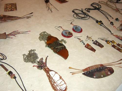 Fibre Forum - Wire jewellery