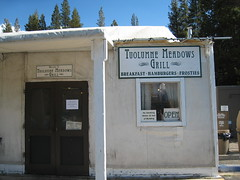 Tuolumne Meadows Grill: The only food supply we found on Tioga Road