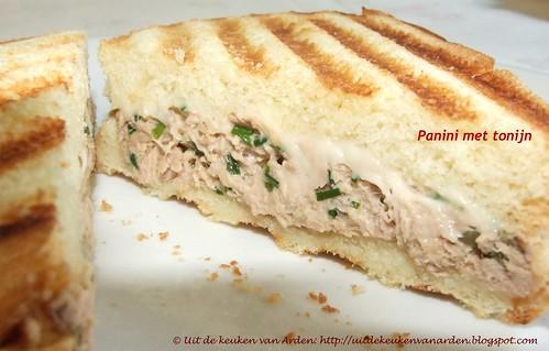 Panini met tonijn