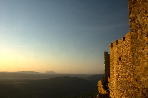 Castellar mira hacia Gibraltar