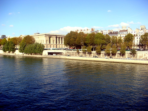 seine and louvre