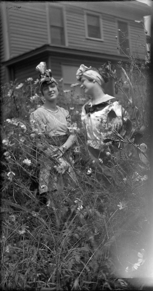 1910s - Elta Bernice Spencer and a Friend