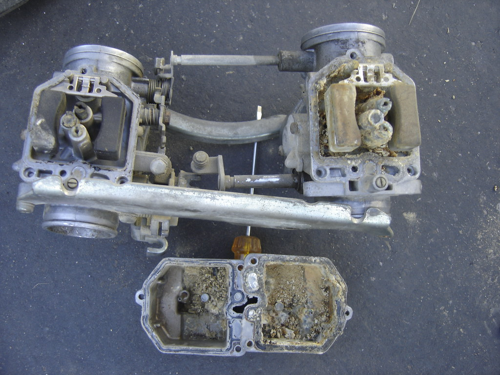 Honda CX500 Carburetors