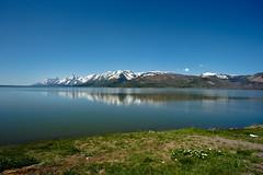 Jackson Lake (cheukiecfu) Tags: mountain lake nature geotagged unitedstates country location wyoming tetonrange grandtetonnationalpark jacksonlake geo:lat=4398184920 geo:lon=11066239178